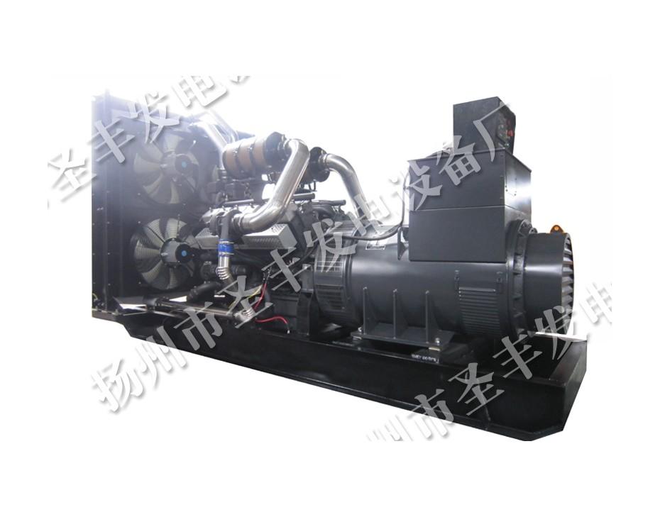 昆山康沃800KW柴油发电机组图片KW27G1210D2 (4)
